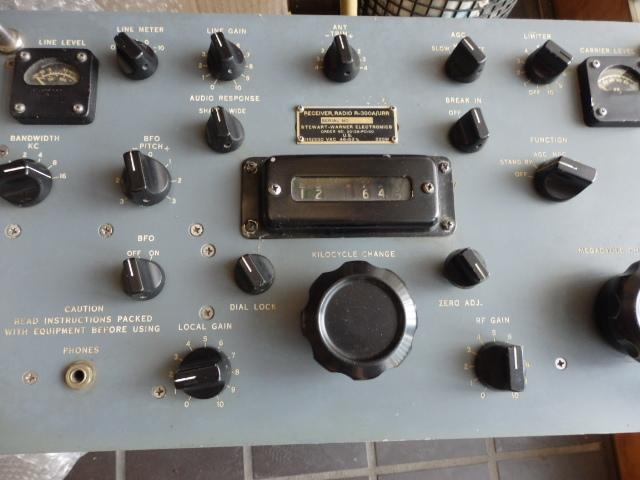 コリンズ R-390A/URR